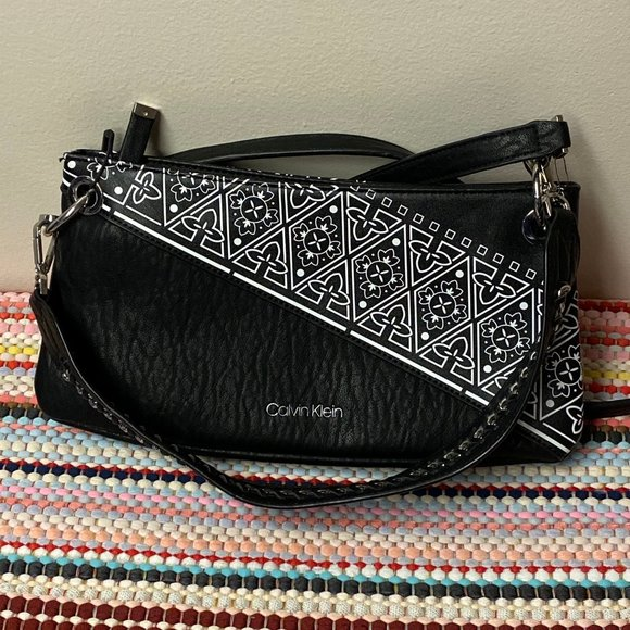 Calvin Klein Black/White Convertible Crossbody Bag